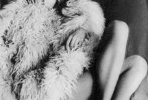 photography   Helmut Newton / A selection of photographs of Helmut Newton.