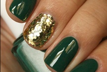 "Nail Art / ""Glitter is my makeup of choice."" 