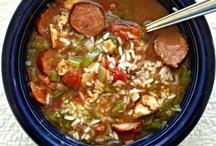 Crockpot Recipes / by Deeanna Cardell