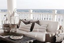 COASTAL STYLE / Beach chic at it's best