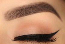 Makeup / by Rebecca Curiel