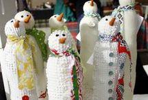 Snowmen / by Vicki Hillhouse
