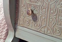 DIY  FURNITURE & DECOR MAKEOVERS / by Susan Harris Seeley