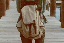 """- Moda Borse & Zaini - / - E' molto più di una borsa:è capiente,è comodo,è antiscippo ed è anche molto """"COOL"""" -"""