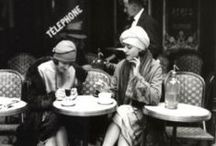 Que reste-t-il de nos amours? / Elegance of yore / by Maitreya Levanchild