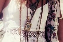 Bohemian Fever / Bohemian fashion finds
