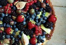 Cakes & baking / by Gayle Faulkner
