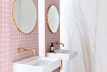 pink interiors + decor. / Pink Home Decor, Home Decor, Interior Design, Design, Pink Walls, Pink Bathroom