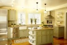 My dream house... kitchen / by Meredith Buckley