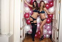 Bra Party! / It's #BraParty Time! All you need: friends, presents, cupcakes, drinks & a lot of bras! / by Hunkemöller