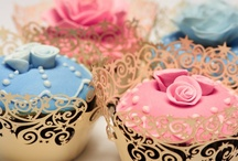 """""""LET THEM EAT CUPCAKES"""" / These are some of the most beautiful and creative cupcakes (and some amazingly gorgeous cakes too) that any party or event would be more spectacular to have! / by Brenda Alane"""