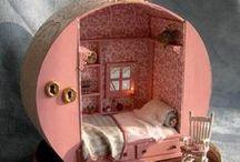 a home for my dollz / by Lucia Förthmann