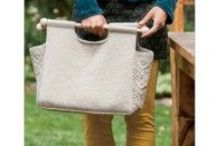 Knitting Bags / Learn how to knit a bag with our collection of knitting bag patterns. Scroll through to see patterns for totes, handbags, drawstrings, messenger bags, and even felt bags!