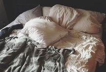 b e d. / i have a thing for messy sheets, bed hair and bedroom eyes.