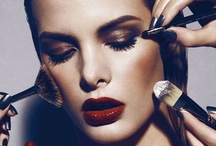 Beauty ~ Makeup Looks / by Donna Weisse