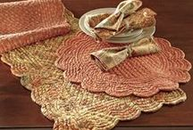 Room Gallery: Autumn Tablescapes / Fall is here and your dining table is one place that makes the perfect canvas for adding the effortless elegance of the season.