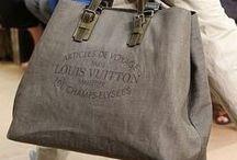 Bags - laukkuja... / Näitäkään ei voi koskaan olla liikaa...