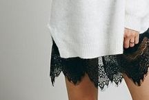 black & white fashion / fashion styles emphasizing the contrast of black and white