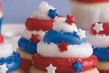 Independence Day Fun / ideas to celebrate the 4th of July. Games, activities, treats, and crafts.