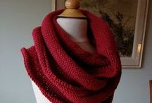 Knitty Scarf & Cowl Love / Knitted scarfs and cowls