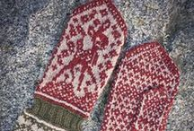 Knitty Mitten & Fingerless Glove Love / Knitted mittens and fingerless gloves.
