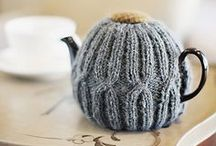 Knitty Kitchen Love / Tea Cozies and dish rags to knit