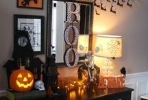 Halloween / Halloween inspiration, clever costumes make up and decoration ideas / by Kate Abad