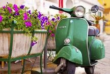 Vespa in Green / Grün