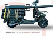 """Vespa 150 T.A.P Military (A.C.M.A.) / Die Vespa T.A.P. ist eine für militärische Zwecke modifizierte Vespa, die von A.C.M.A. (Ateliers de Construction de Motocycles et Accessories) für die Luft-Landedivisionen des französischen Militärs produziert wurde. Die Abkürzung T.A.P. steht für """"troupes aeróportées"""", zu deutsch gemeinhin als Fallschirmjäger zu übersetzen."""