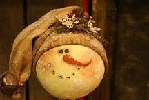 Heart melting Snowmen / by Denise Pilat-Curatolo