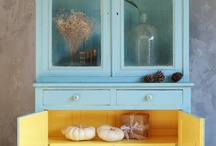 Blue & Yellow  Vintage Kitchen / Blue and  yellow never goes out of style. Enjoy these blue and  yellow kitchen collectibles and decor ideas from the 1930s, 1940s, 1950s and beyond. Be sure to visit my blog at: http://cdiannezweig.blogspot.com/