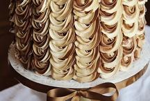 Cake & Sweets / by Elsabé Ferreira
