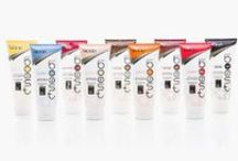 ColourBoost: Färgade inpackningar / Färgade inpackningar som ger nytt liv i färgat, tonat och blonderat hår. 9 härliga nyanser. Ny lyster och vacker färgton på 2 min! Håller ca 5-7 tvättar.