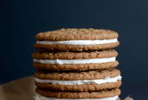 Cookies / I've never met a cookie I didn't like. These cookie recipes are to die for! Sugar cookies, chocolate cookies, easy cookies, fancy cookies, brownies