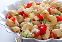 Pasta/Noodle Recipes to Try / by Dayna