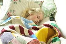 Sew reusable pillows and blankets / Sew your pillow from recycled fabric, pillows we can never have too many of.