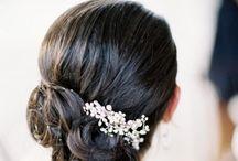 Wedding Hair Accessories / So many gorgeous hair accessories, so much choice.  Love, love, love.