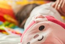 Sleeping + Napping Tips for Babies + Toddlers / Tips, tricks, and easy gentle solutions to help your babies and toddlers sleep well both during the night and at nap time
