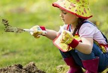 Outdoor Projects / Outdoor projects for kids including gardening, building, and getting dirty!