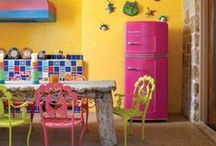 Retro Kitchen: Splash of Summer Color / Big Chill have over 200 custom colors for your retro inspired kitchens. We bring you our most vibrant colors for a splash of summer fun.