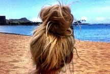 Hair Styles / by Miranda Daignault