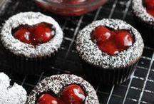 Cupcakes / by Cierra Popove