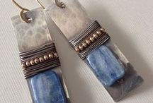 Jewelry-Earrings / by Helene Daniels