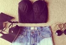 things i want to wear / by Mariah Garrett