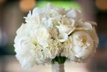WEDDING POSE'S - FLOWERS