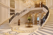 Grand Entrance / Foyers, Staircases and Hallways