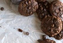 Desserts: Cookies/Bars/bite sized treats / by Miranda Parker
