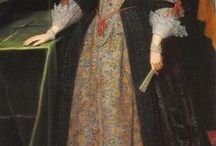Paintings of Women's Clothing to c1700 / Clothing