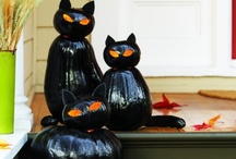 All Things Halloween / All things Halloween -- a holiday you never grow out of enjoying.  / by Robin Bailey
