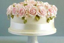 Cakes, cupcakes... / by Belinda Friedman
